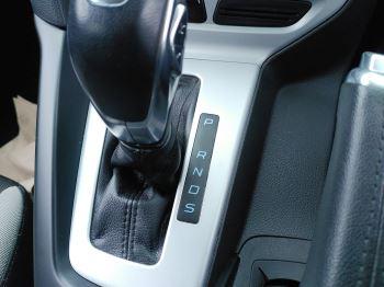 Ford Focus 2.0 TDCi 163 Zetec S 5dr Powershift image 18 thumbnail