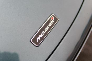 McLaren 720S Performance image 9 thumbnail