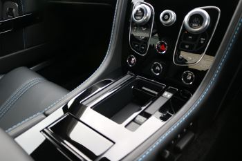 Aston Martin V8 Vantage S S 2dr Sportshift image 17 thumbnail