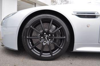 Aston Martin V12 Vantage S S 2dr Sportshift III image 30 thumbnail