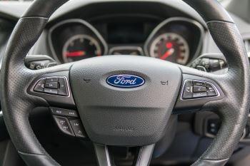 Ford Focus ST ST-3 NAV TDCI ESTATE image 17 thumbnail