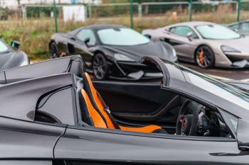 McLaren 675LT Spider MSO Carbon Series image 36 thumbnail