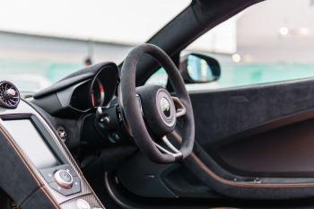 McLaren 675LT Spider MSO Carbon Series image 55 thumbnail