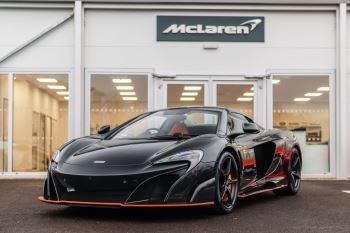 McLaren 675LT Spider MSO Carbon Series Semi-Automatic 2 door Convertible (2016) image
