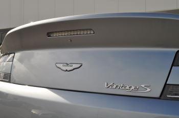 Aston Martin V8 Vantage S Coupe Coupe image 12 thumbnail