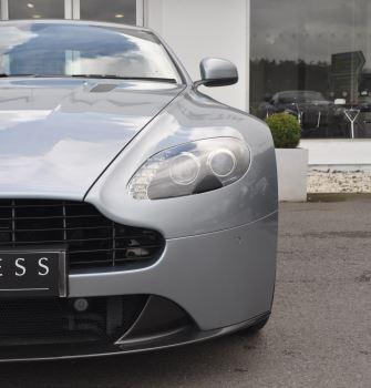 Aston Martin V8 Vantage S Coupe Coupe image 16 thumbnail