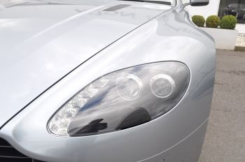Aston Martin V8 Vantage S Coupe Coupe image 18 thumbnail