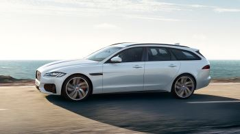Jaguar XF 2.0d (180) Chequered Flag SPECIAL EDITIONS image 4 thumbnail
