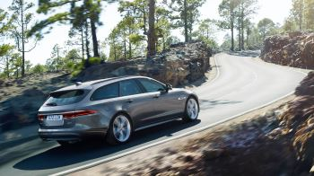 Jaguar XF 2.0d (180) Chequered Flag SPECIAL EDITIONS image 6 thumbnail