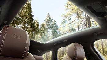 Jaguar XF 2.0d (180) R-Sport AWD image 7 thumbnail