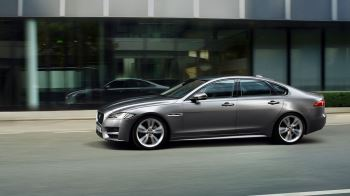 Jaguar XF 2.0d (180) Chequered Flag SPECIAL EDITIONS image 12 thumbnail