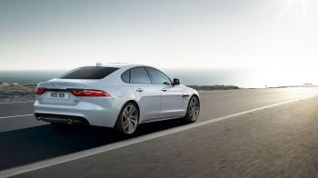 Jaguar XF 2.0d (180) Chequered Flag SPECIAL EDITIONS image 13 thumbnail