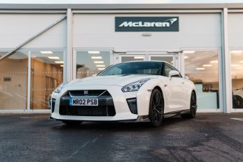 Nissan GT-R Coupe  3799.0 Semi-Automatic 2 door (2017)