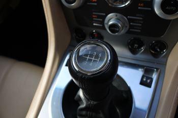 Aston Martin DB9 V12 2dr [470] image 19 thumbnail