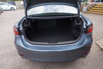 Mazda 6 2.2d SE-L Lux Nav+ 4dr image 6 thumbnail