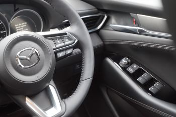 Mazda 6 2.2d SE-L Lux Nav+ 4dr image 14 thumbnail