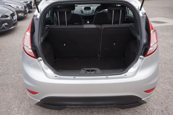 Ford Fiesta 1.0 EcoBoost 125 ST-Line 5dr image 6 thumbnail