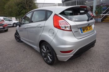 Ford Fiesta 1.0 EcoBoost 125 ST-Line 5dr image 5 thumbnail