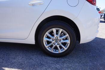 Mazda 3 2.2d SE-L Nav 5dr image 5 thumbnail