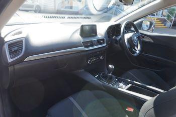 Mazda 3 2.2d SE-L Nav 5dr image 7 thumbnail