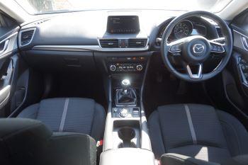 Mazda 3 2.2d SE-L Nav 5dr image 8 thumbnail