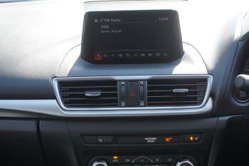 Mazda 3 2.2d SE-L Nav 5dr image 9 thumbnail