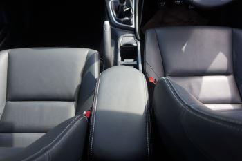 Honda Civic 1.6 i-DTEC SR 5dr image 16 thumbnail