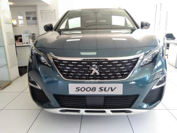 Peugeot 5008 1.5 BlueHDi GT Line Premium Diesel 5 door Estate (18MY) image