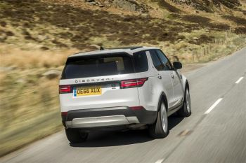 Land Rover Discovery 3.0 SDV6 HSE image 21 thumbnail