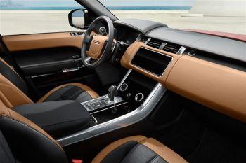 Land Rover Range Rover Sport 3.0 SDV6 HSE image 10 thumbnail