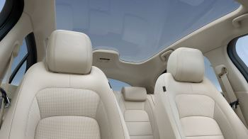 Jaguar I-PACE 90kWh EV400 SE image 15 thumbnail