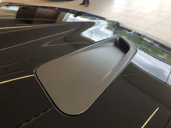 Jaguar F-PACE 5.0 Supercharged V8 SVR AWD image 9 thumbnail