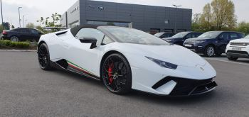 Lamborghini Huracan Performante Spyder 610-4 S-A  5.2 Automatic 2 door Convertible (2018)
