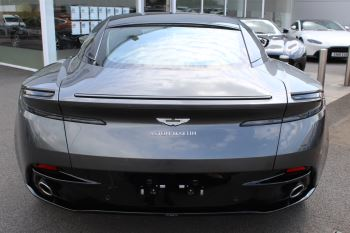 Aston Martin DB11 V8 Touchtronic image 5 thumbnail