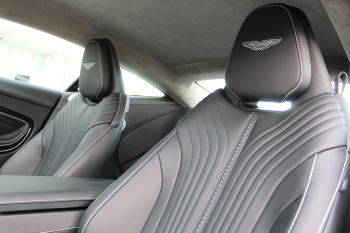 Aston Martin DB11 V8 Touchtronic image 10 thumbnail