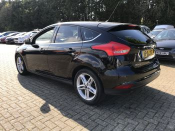 Ford Focus 1 0 EcoBoost Zetec 5dr Hatchback (2015) available from Doves  Vauxhall Southampton