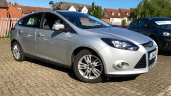 Ford Focus 1.6 125 Titanium Navigator Powershift Automatic 5 door Hatchback (2014) image