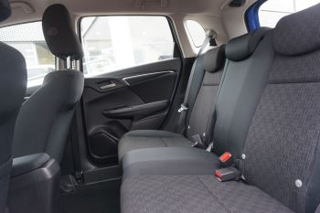 Honda Jazz 1.3 SE Navi CVT image 9 thumbnail