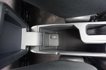 Honda Jazz 1.3 SE Navi CVT image 22 thumbnail