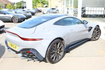 Aston Martin V8 Vantage Coupe 2dr ZF 8 Speed image 19 thumbnail