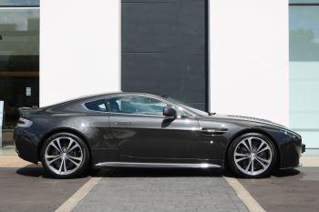 Aston Martin V12 Vantage 2dr image 7 thumbnail