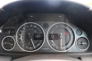 Aston Martin V12 Vantage 2dr image 19 thumbnail