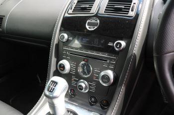 Aston Martin V12 Vantage 2dr image 22 thumbnail