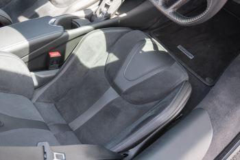 McLaren 720S V8 2dr SSG image 31 thumbnail