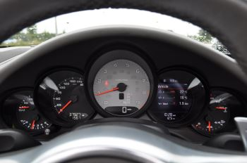 Porsche 911 S 2dr PDK image 14 thumbnail