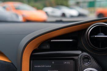 McLaren 720S V8 Performance 2dr SSG Auto Coupe image 35 thumbnail