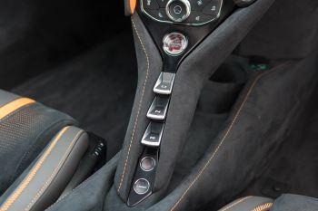 McLaren 720S V8 Performance 2dr SSG Auto Coupe image 36 thumbnail