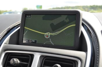 Aston Martin DB11 V8 Touchtronic image 17 thumbnail