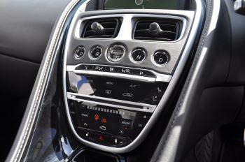 Aston Martin DB11 V8 Touchtronic image 18 thumbnail