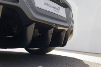 McLaren 600LT Coupe  image 22 thumbnail